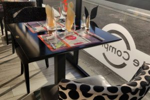 veranda_salle_restaurant_lecomptoir_2